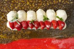 Gâteau aux fraises - Recette/stylisme : Patrice Taravella et Stéphane Brunet